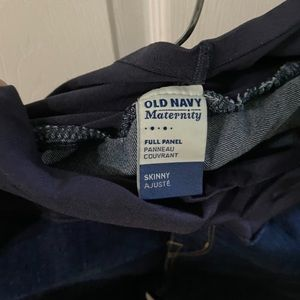 Old Navy Maternity skinny Jeans full panel